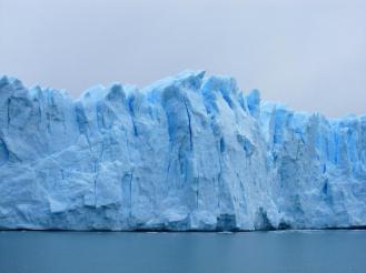 Patagonia dari danau